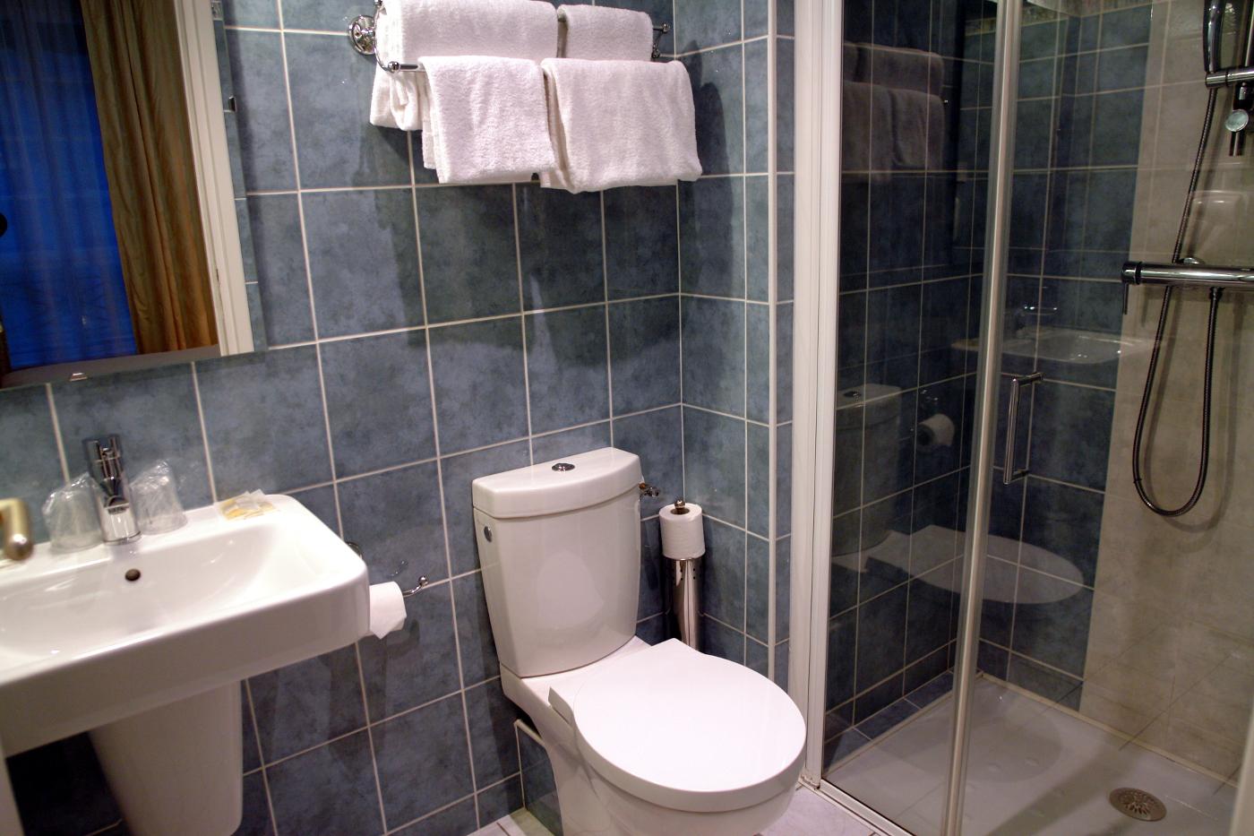 Salle-de-bain-hotel-vauban-brest - CIEL Bretagne